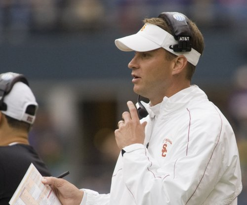 FAU Owls, Lane Kiffin finalize 10-year contract