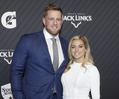 Texans DE J.J. Watt marries soccer star Kealia Ohai