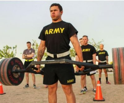 Senators call for pause to Army's new Combat Fitness Test
