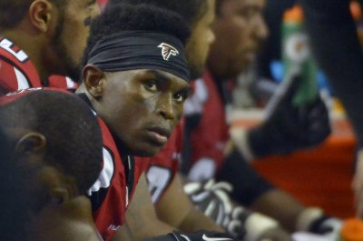 Atlanta Falcons' Dan Quinn: Julio Jones longshot for Thursday