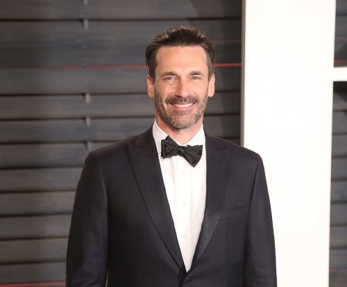 Jon Hamm, Jenny Slate spark dating rumors after going to movies together