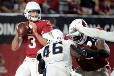 Report: Cardinals rookie Rosen to sit out vs. Broncos
