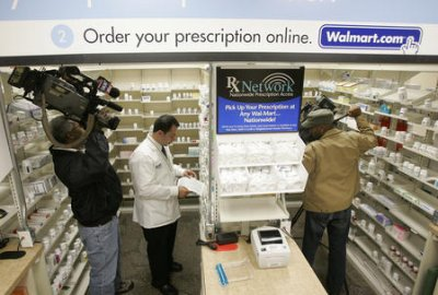 FDA to restrict prescription painkillers such as Vicodin.