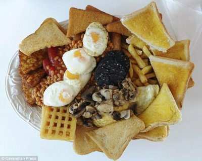 'Hibernator' breakfast boats 8,000 calories