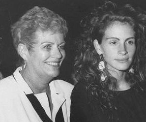 Julia Roberts's mother, Betty Lou Bredemus, dies after lung cancer battle