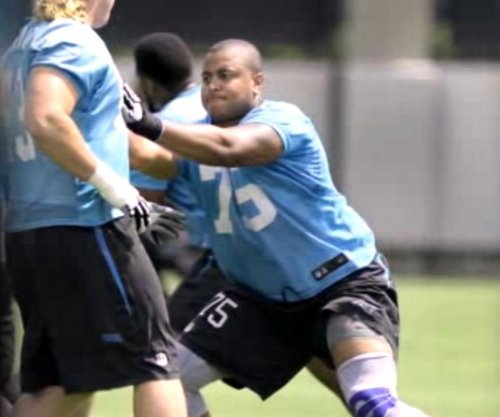 Former Miami Dolphins tackle Jonathan Martin retires
