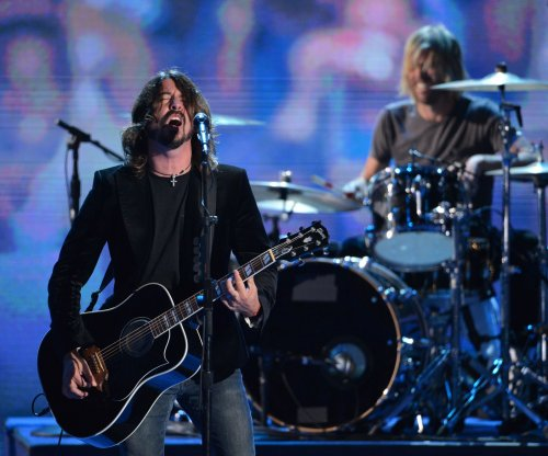 Foo Fighters cancels concert tour in wake of Paris terror attacks