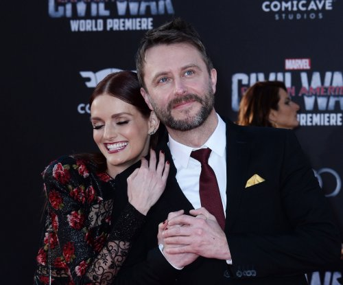 Chris Hardwick and Lydia Hearst get married in California