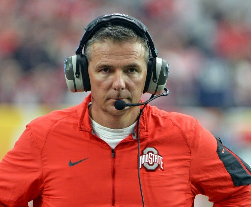 Mike Weber helps No. 2 Ohio State Buckeyes slide past Indiana Hoosiers
