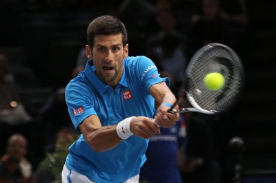 Novak Djokovic, Milos Raonic advance to ATP semifinals