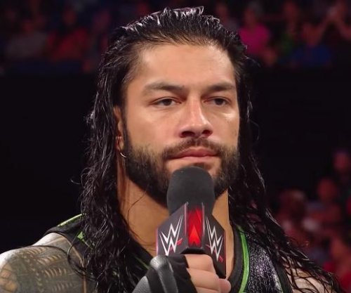 WWE Raw: Reigns fights to face Lesnar, Rousey ambushes Bliss