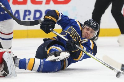 Stanley Cup Playoffs: Blues rally, top Jets for series lead