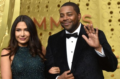 Kenan Thompson says mom helped with success on 'Late Late Show'