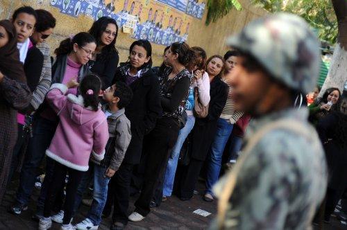 Cairo shuns some civilian leaders