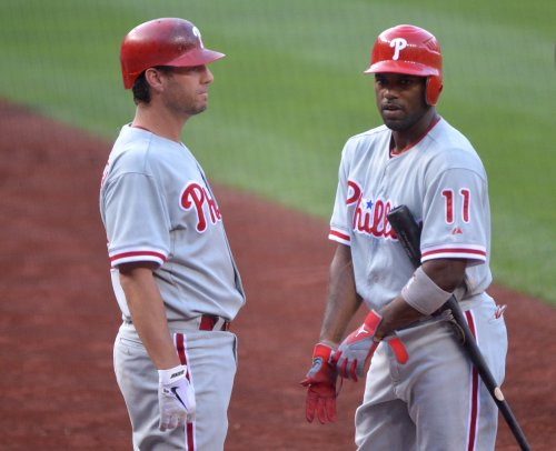 Phillies rally to complete sweep against Brewers