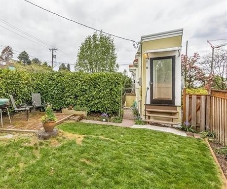 Tiny, pie-shaped 'spite house' for sale in Seattle