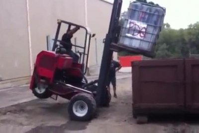Man records coworkers off-balance forklift fail
