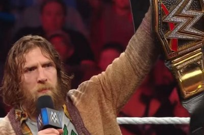 WWE Smackdown: Daniel Bryan attacks, AJ Styles faces The Miz
