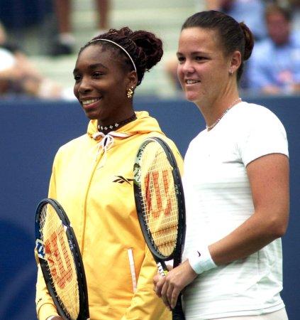 Davenport, Venus Williams withdraw