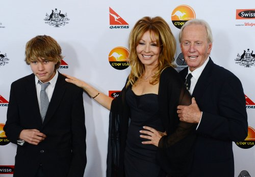 'Crocodile Dundee' stars to divorce
