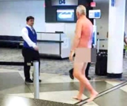 Man gets naked to protest overbooked flight in Charlotte