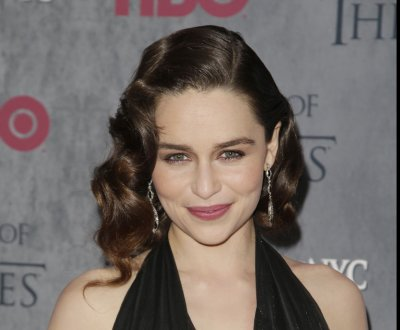 Emilia Clarke and Kit Harington perform in Chris Martin's 'Game of Thrones' musical