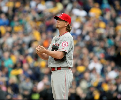 Jered Weaver, Los Angeles Angels take care of banged-up Pittsburgh Pirates