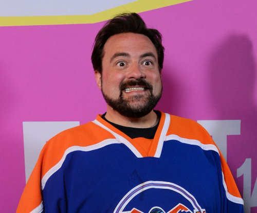 Kevin Smith developing 'Mallrats' television series