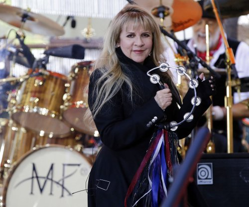 Stevie Nicks is going on tour with the Pretenders this fall