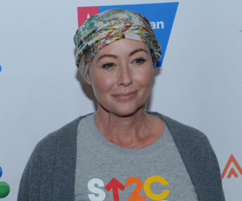 Shannen Doherty works out after chemotherapy: '#warrior'