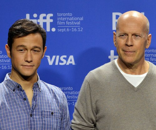 Joseph Gordon-Levitt to host Comedy Central Bruce Willis roast