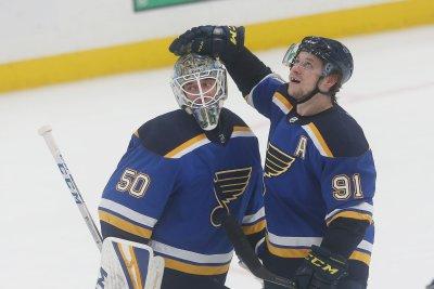 St. Louis Blues fend off Boston Bruins, grab 3-2 series lead