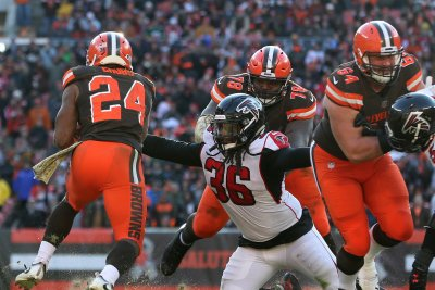 NFL Players Association elects Cleveland Browns' J.C. Tretter as president