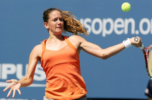 No. 1 seed Kleybanova beaten in Budapest