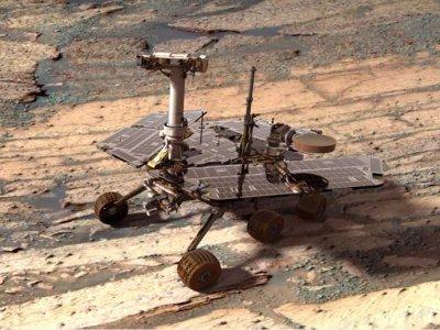 NASA rover completes Mars 'walkabout'