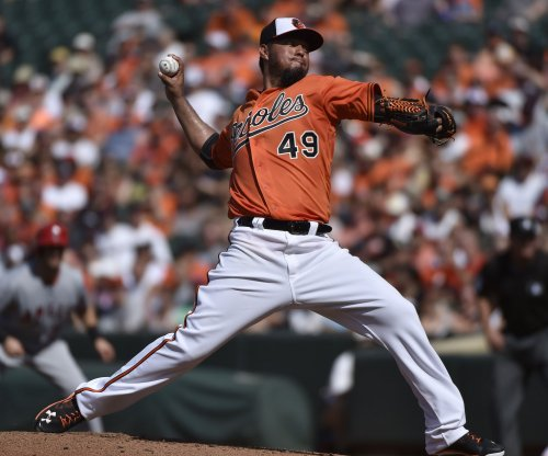 Seattle Mariners get Yovani Gallardo from Baltimore Orioles for Seth Smith