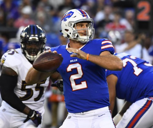 Buffalo Bills to start QB Nathan Peterman, bench Tyrod Taylor