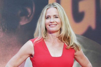 Elisabeth Shue to star in TNT pilot 'Constance'