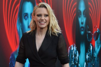 Kate McKinnon to play Elizabeth Holmes in new Hulu series