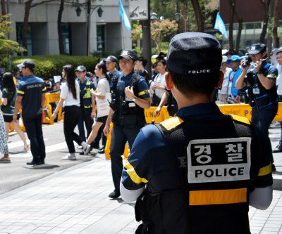 Off-duty officer in South Korea saves woman from phone scam