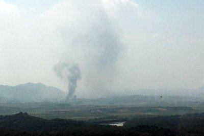 South Korea cuts power to border building blown up by North