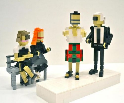 Lego unveils Anna Wintour, Karl Lagerfeld models ahead of NYFW