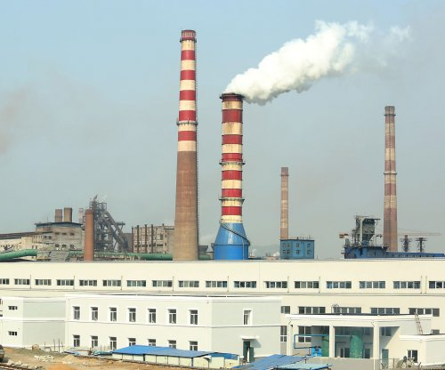Supreme Court rules against EPA on power plant emissions