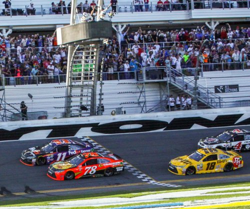 Martin Truex Jr. misses Daytona 500 glory by inches