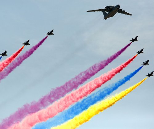 China to show new weapons, stealth fighter jet at biennial air show