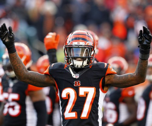 Cincinnati Bengals CB Dre Kirkpatrick breaks hand in unknown, 'freak accident'
