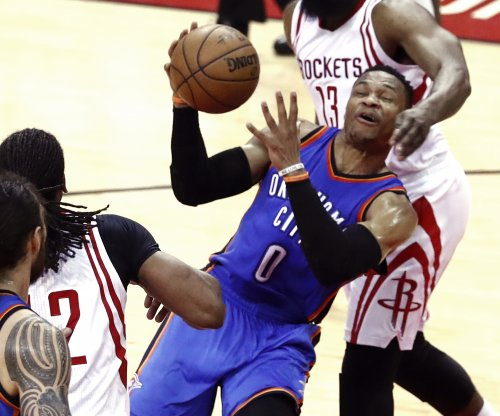 Oklahoma City Thunder seek 11th straight home win over Los Angeles Lakers