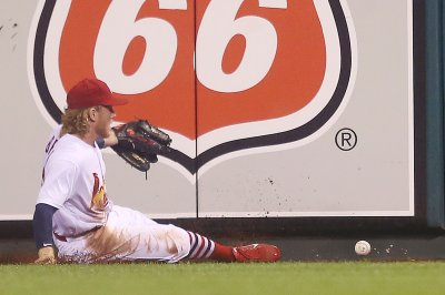 Brewers beat Cardinals, close in on Wild Card