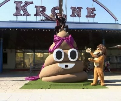 German circus sells jars of lion poop for gardening
