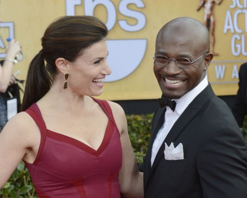 Idina Menzel and Taye Diggs split up